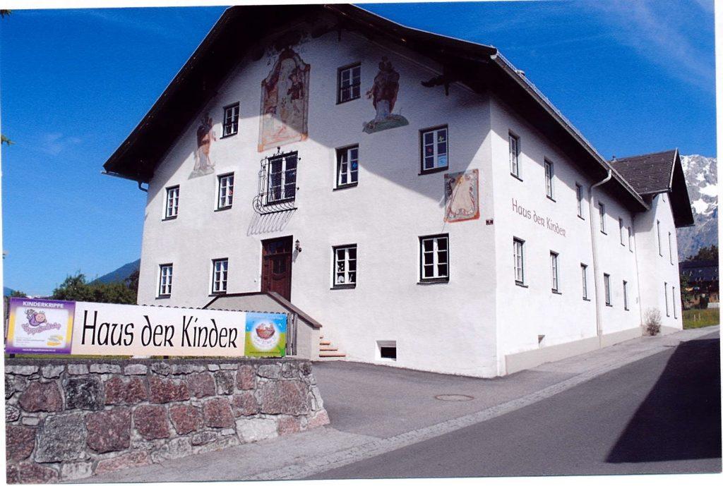 Die Vogel'sche Stiftung - Versorgungshaus bis 2005 Das Gebäude wurde im Jahr 1734 errichtet