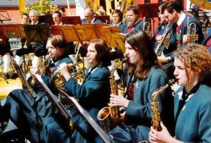 Horn: Silvia Liebentritt, Irene Auer Saxophon: Kathrin Reichle, Katharina Stricker